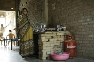 Post-COVID clean cooking schemes: Beyond financial barriers in rural households
