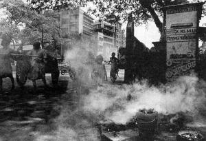 कोलकाता की आबोहवा को प्रदूषण मुक्त बनाने के प्रयास बरसों पुराने हैं, लेकिन हालत फिर भी नहीं बदले
