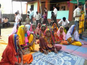 अध्ययन के दौरान गांवों में जाकर जनजातियों से उनकी परंपरागत खगोलीय जानकारियों को प्राप्त किया गया है।