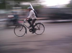 Green Hour is for green travel, mainly walking and cycling. Credit: Wikimedia Commons