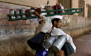 Vulnerable employment will continue to affect 72% of workers in South Asia: ILO