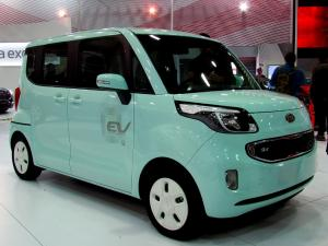 Centre launches e-Mobility Programme; 10,000 e-vehicles to be procured this year