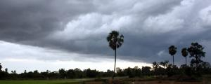 Clouds of confusion over monsoon's timely arrival