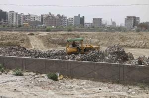 Noida landfill protests: Confusion among officials troubles residents