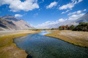 How India and Pakistan are competing over the mighty Indus river