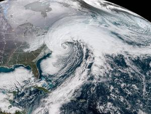 What is the bomb cyclone blitzing across US?