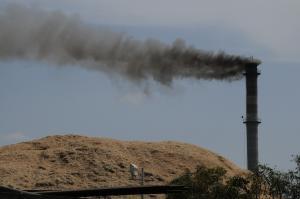 अकेले कार्बन टैक्स से ही नहीं होगा जलवायु परिवर्तन का लक्ष्य हासिल: स्टडी