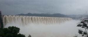 Everyone loves an overflowing dam