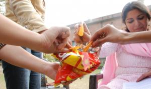 Junk food monster: Global practice is moving to warning labels