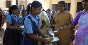 320 million children worldwide missing out on meals due to COVID-19: WFP