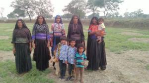 कोरोना लॉकडाउन: छत्तीसगढ़ में फंसे गुजरात के मालधारी परिवार