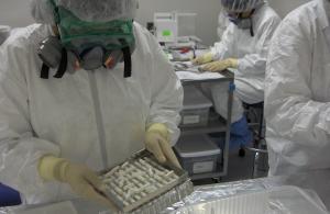"""कोविड-19: पहले क्लिनिकल ट्रायल में """"रेमडेसिवियर"""" का नहीं दिखा असर"""