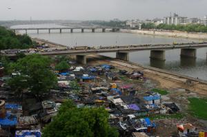 मुंबई के बाद अहमदाबाद में सबसे अधिक हैं कोरोना मरीज