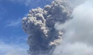 Mount Sinabung eruption in Indonesia sends smoke flying 5 km