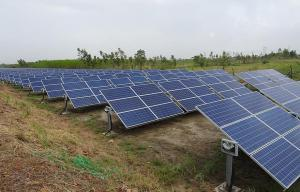 Solar manufacturing road map: India needs to be self-reliant, but worries remain