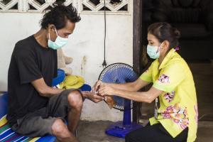 टीबी रोगियों को ज्यादा है कोरोना से खतरा, स्वास्थ्य मंत्रालय ने कहा सभी मरीजों की होने चाहिए जांच