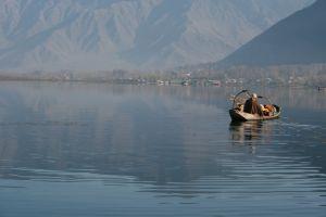 जम्मू-कश्मीर:आदिवासियों में आधे खानाबदोश
