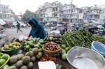 खाने-पीने की चीजें हुई महंगी, सब्जी की कीमतों में 50 फीसदी उछाल