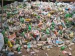 सिंगल यूज प्लास्टिक प्रतिबंध पर सरकारें बेसुध, चूक सकता है 2022 का लक्ष्य : रिपोर्ट