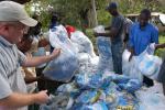 कीनिया पर प्लास्टिक प्रतिबंध हटाने का दबाव