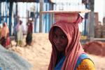 विश्व श्रमिक दिवस पर जानिए दुनिया में महिला श्रमिकों का क्या है हाल ?
