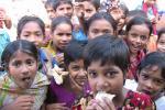 दुनिया की 40 प्रतिशत आबादी के पास स्वस्थ भोजन खाने के पैसे नहीं