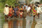 बाढ़ और सूखा जैसी आपदाओं के चलते भारत सहित दुनिया में बढ़ रही हैं हिंसक घटनाएं