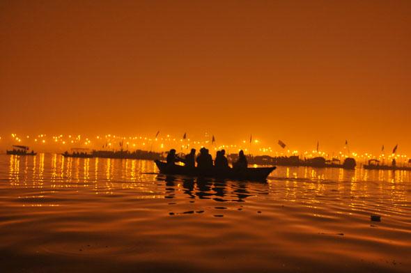 Awaiting another sunrisePhotographs by: Avikal Somvanshi