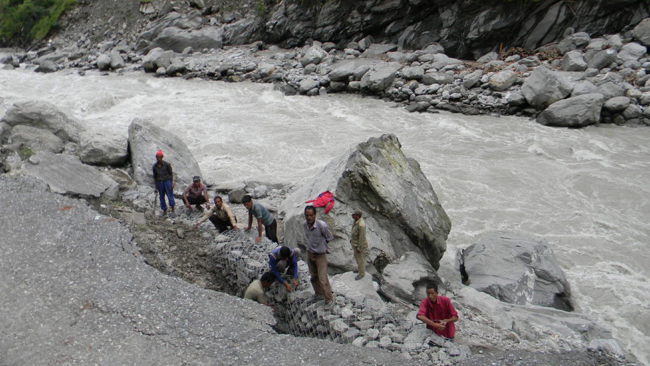 A water supply project washed away by the raging Alaknanda river near Devprayag on June 17 Photographs by: Soma Basu Read more: Uttarakhand floods: is the disaster human-induced?