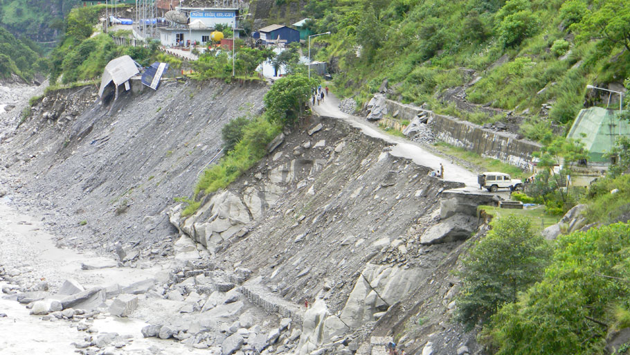 The road connecting Rudraprayag to Joshimath and Ukhimath gets blocked frequently because of landslide  Photographs by: Soma Basu Read more: Uttarakhand floods: is the disaster human-induced?