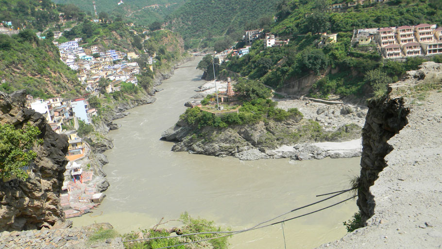 People of Dharma Valley have to walk at least 30 km daily on this difficult route to get ration and supplies.  Photographs by: Soma Basu Read more: Uttarakhand floods: is the disaster human-induced?