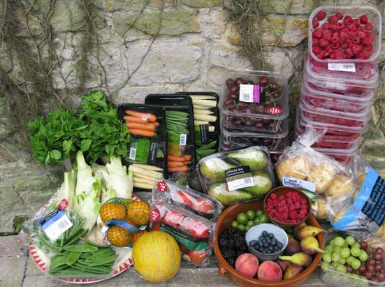 The contents of the bins of an organic fruit and vegetable shop, Sussex, England, October 2006Photoghraphs: Tristam Stuart