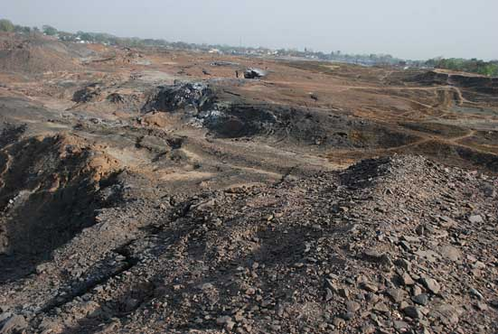 If fire continues unabated, this could be the whole of Jharia, soonReport by: Alok Kumar Gupta Photographs by: Sandip Kumar Nag