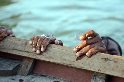 A coin diver resurfaces under Naini bridge Photographs by: Meeta AhlawatRead also: Natural highways