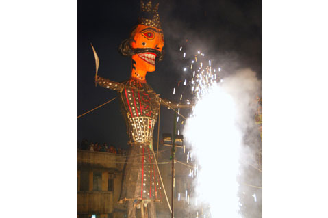 The effigies are stuffed with crackers, which release a lot of poisonous gases when burnt and cause health problems Photo By: Meeta Ahlawat