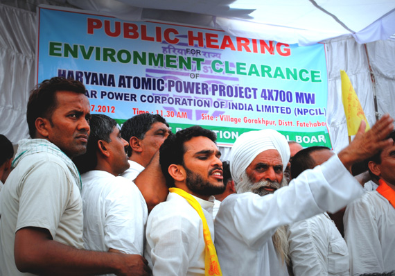 July 17, 10:30 a.m.: People gather for public hearing in Gorakhpur village in Haryana for the proposed four nuclear power plants of 700 MW each   Photographs by: Srestha BanerjeeRead also: Haryana village protests nuclear power plant