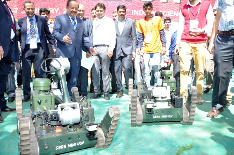 Union Minister of Science and Technology Harsh Vardhan at the ISC in Mysuru Credit: Press Information Bureau