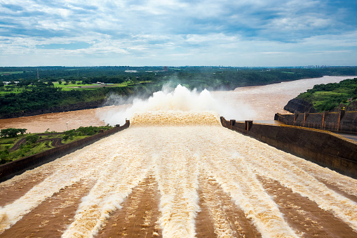 Agreement likely between Brazil and mining company over dam collapse