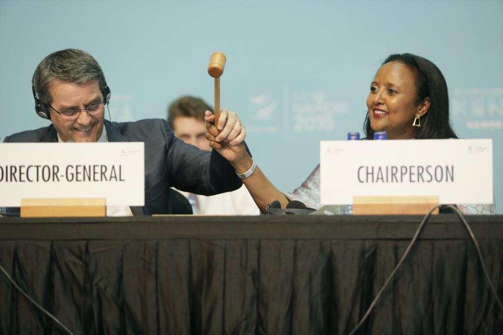 "Director General Roberto Azevedo  and Chair of the Tenth Ministerial Conference, Amina Mohamed, mark the conclusion of the WTO conference, which resulted in the adoption of the ""Nairobi Package""