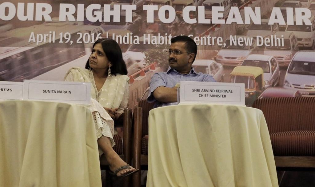 CSE Director General Sunita Narain and Delhi Chief Minister Arvind Kejriwal at the public meeting organised by CSE  Credit: Vikas Choudhary