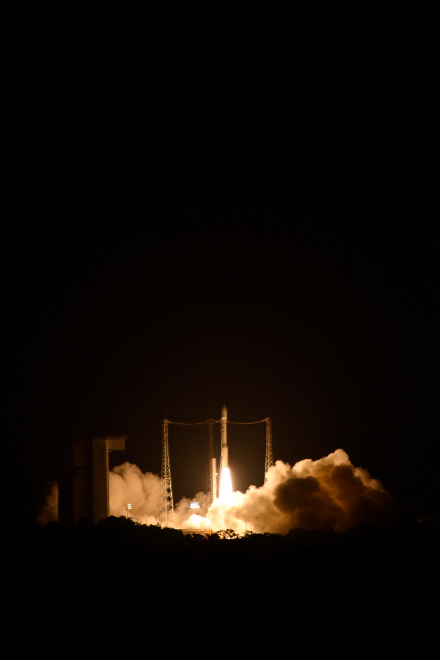 Space probe LISA Pathfinder lifts off