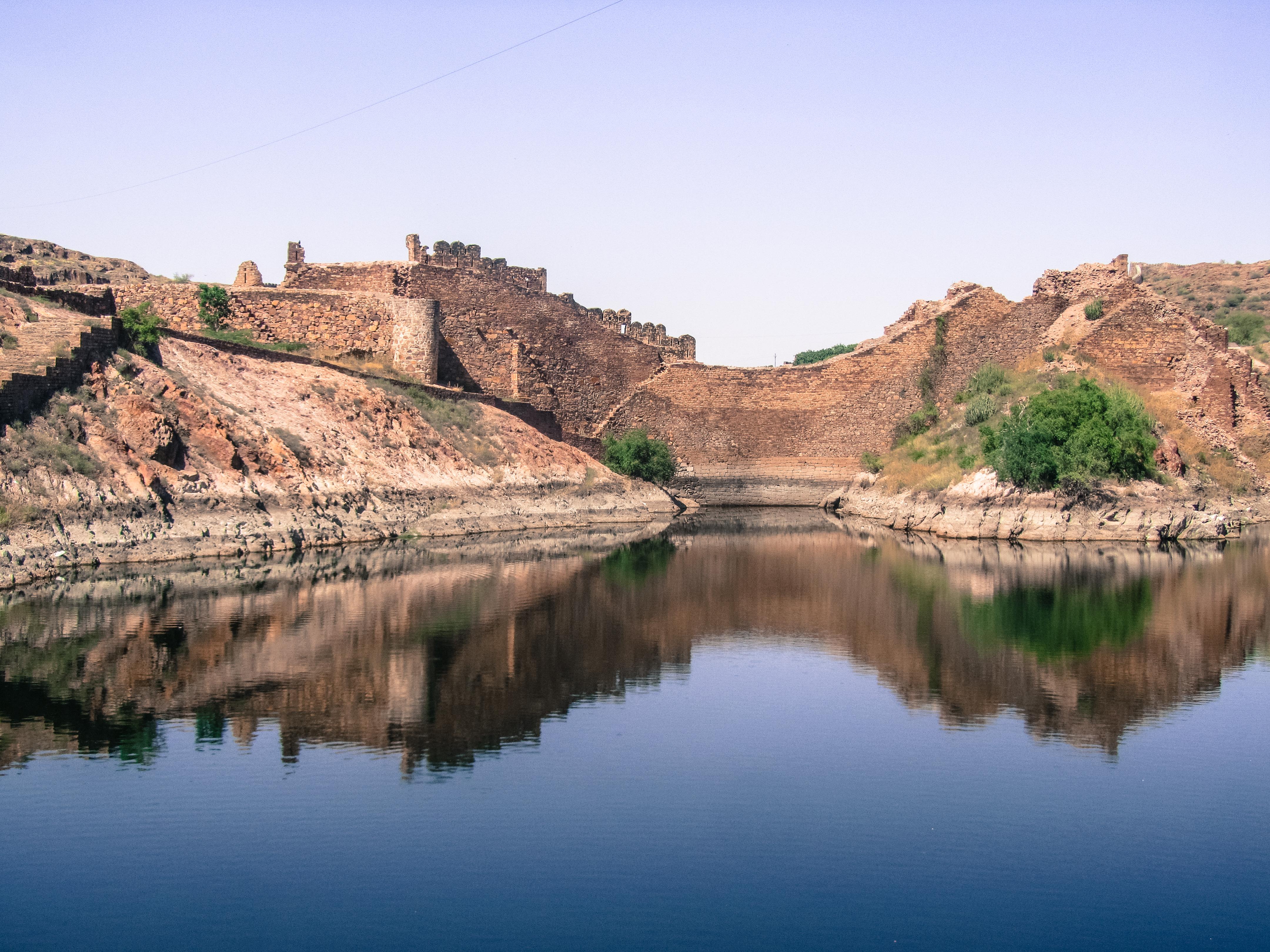 Water is the most valuable resource in a desert. Sourcing and management of water is critical in the parched landscape of Jodhpur. Its only natural source of water is the little rain the region receives. Jodhpur is possibly the only city in India to have a highly sophisticated water infrastructure which harvests, conserves and manages rainwater