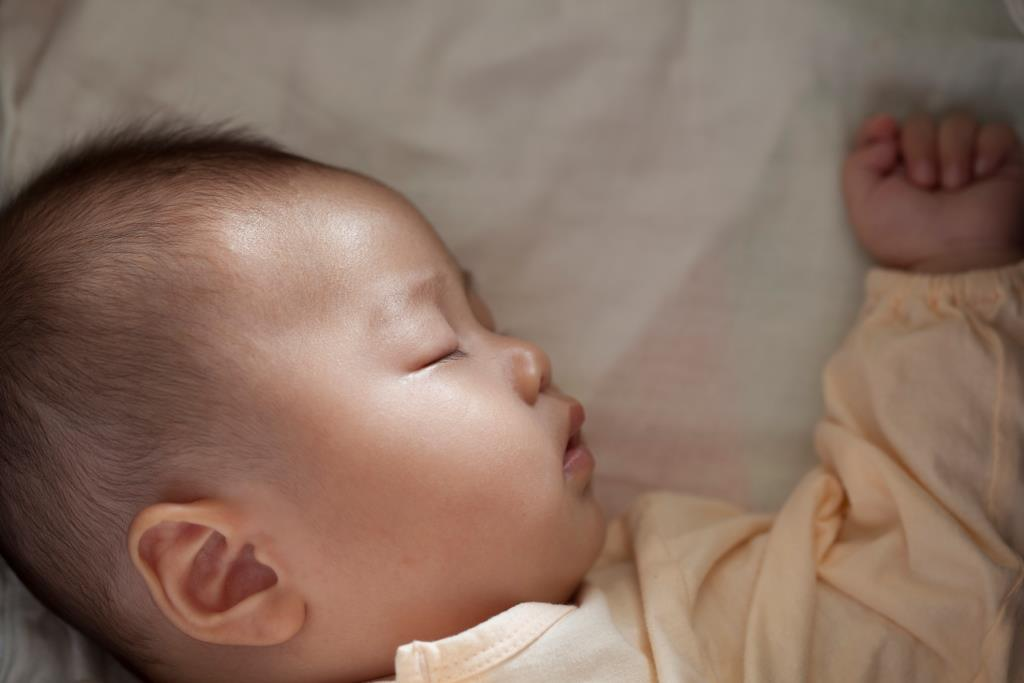 China abandons one-child policy after three decades