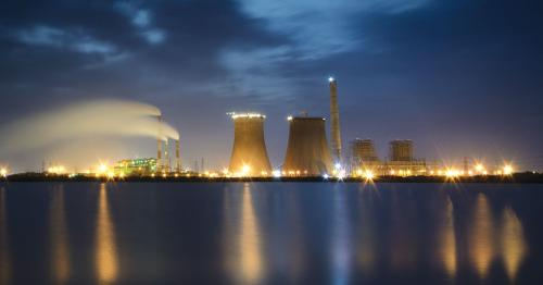 Cooling towers account for a major proportion of water used in a thermal power plant (Source: Ram Kumar)