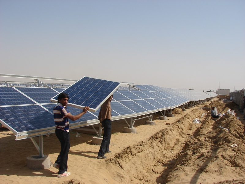 The lowering of solar prices would make renewable energy more attractive to distribution companies (Photo: Ankur Paliwal)