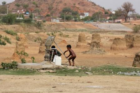 Satyarthi said Maharshtra and Madhya Pradesh had been severely affected by drought and these two states constituted more than half of the number of missing children