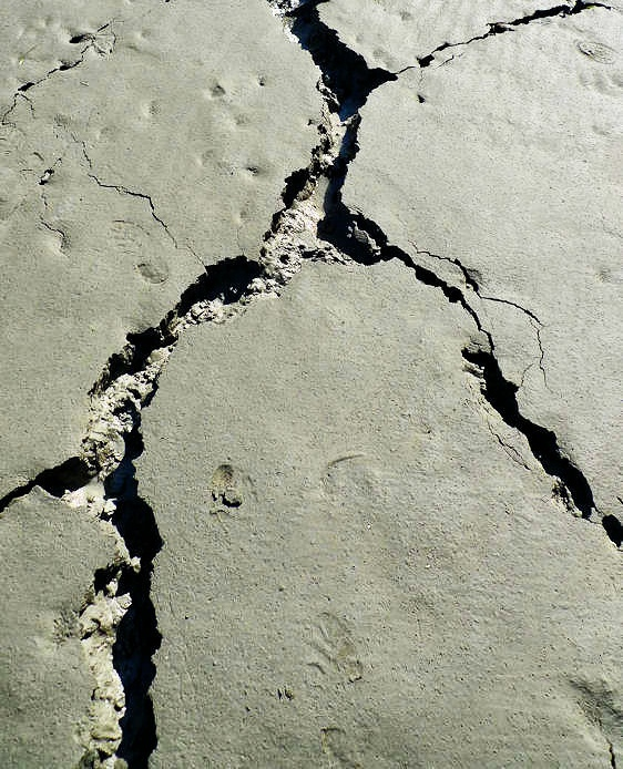 5.6-magnitude earthquake hits Afghanistan