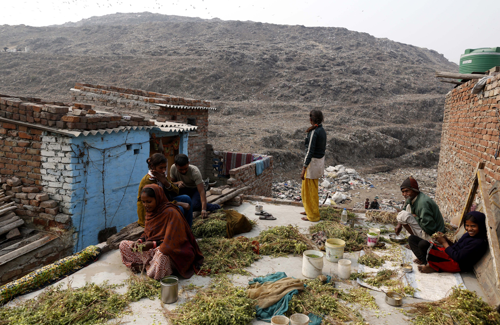 Experts also say the government must evolve a strategy to deal with environmental degradation caused by existing landfills. These sites have been polluting underground water for decades and are highly inflammable, besides directly affecting the health of residents living in close proximity