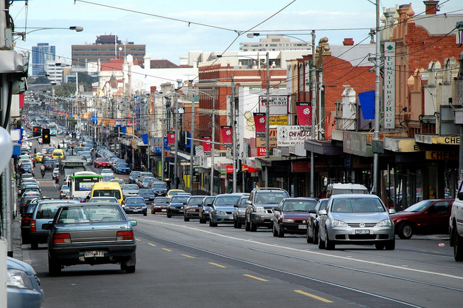 Urban Australians' main exposure to poor quality air is due to traffic pollution. (Jeff Hills/Flickr, CC BY-NC-SA)