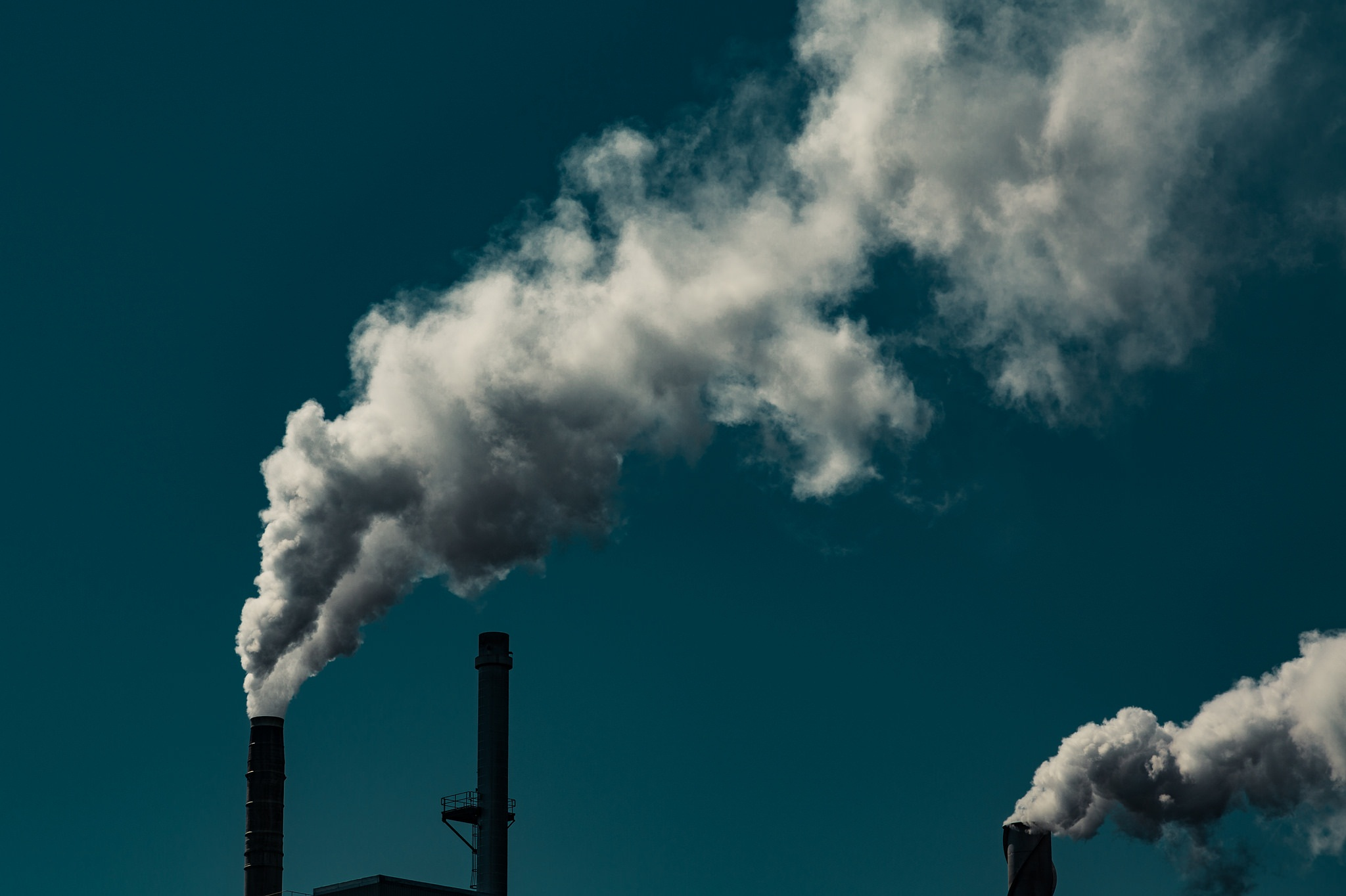 The US is open to setting up more fossil fuel power plants within its national boundaries and encouraging industry to set up inefficient gas-based plants Credit: Tony Webster/Flickr